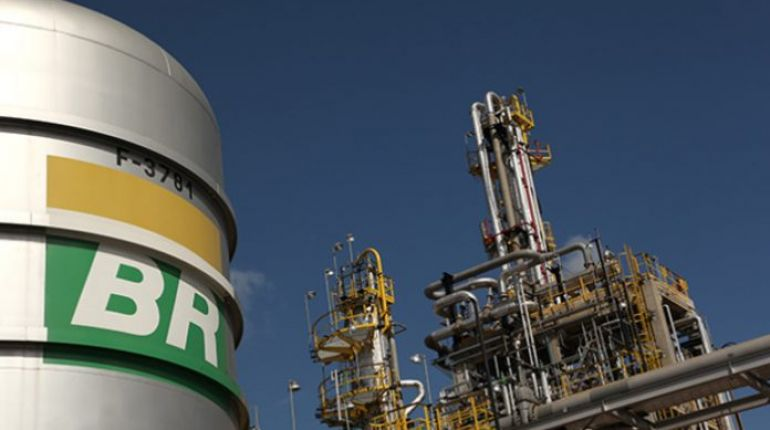 Petrobras vai produzir diesel com menos teor de enxofre